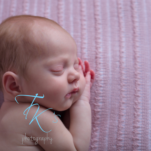 Thumbnail image for Tilly – Launceston newborn photographer