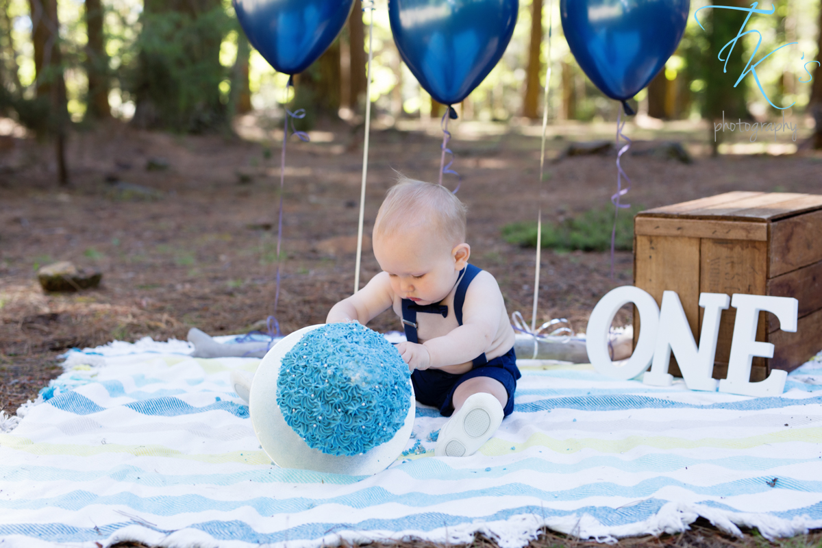 Thumbnail image for Fletcher – 1st birthday cake smash