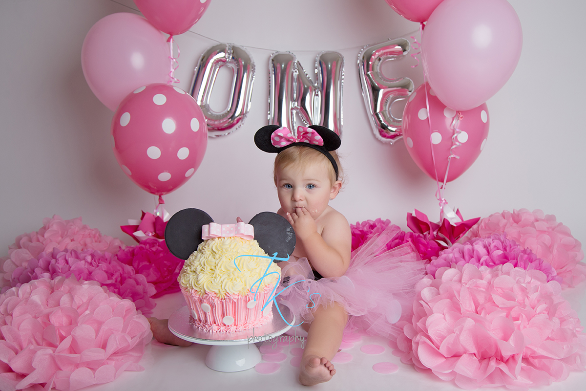 Post image for Lily-Ann's cake smash!