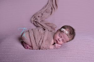 TK's Photography newborn Launceston