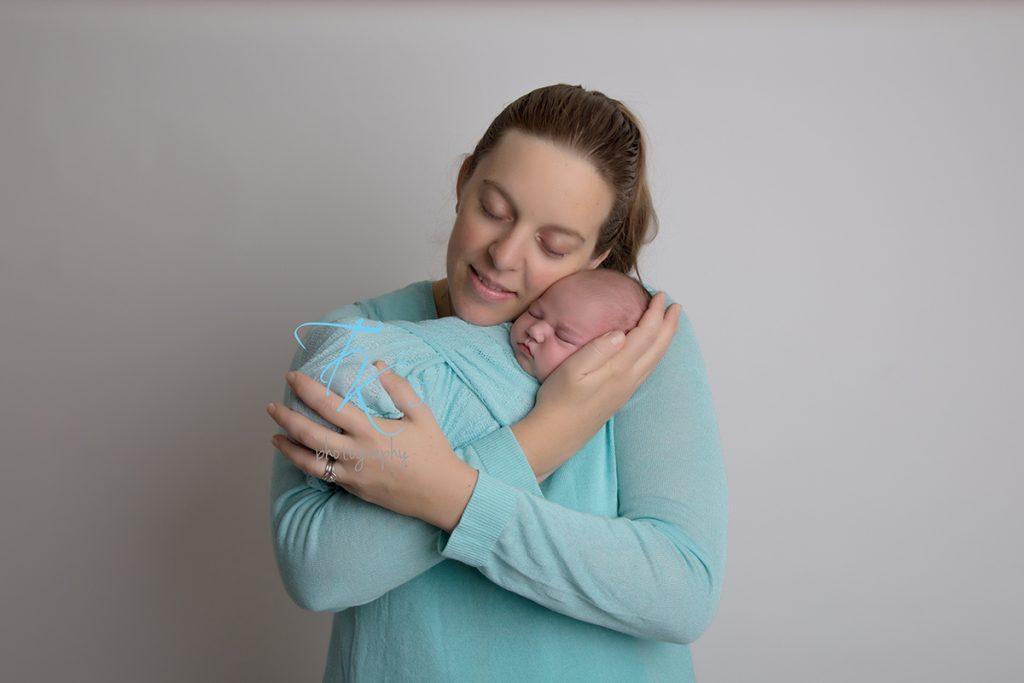 newborn photographer Launceston