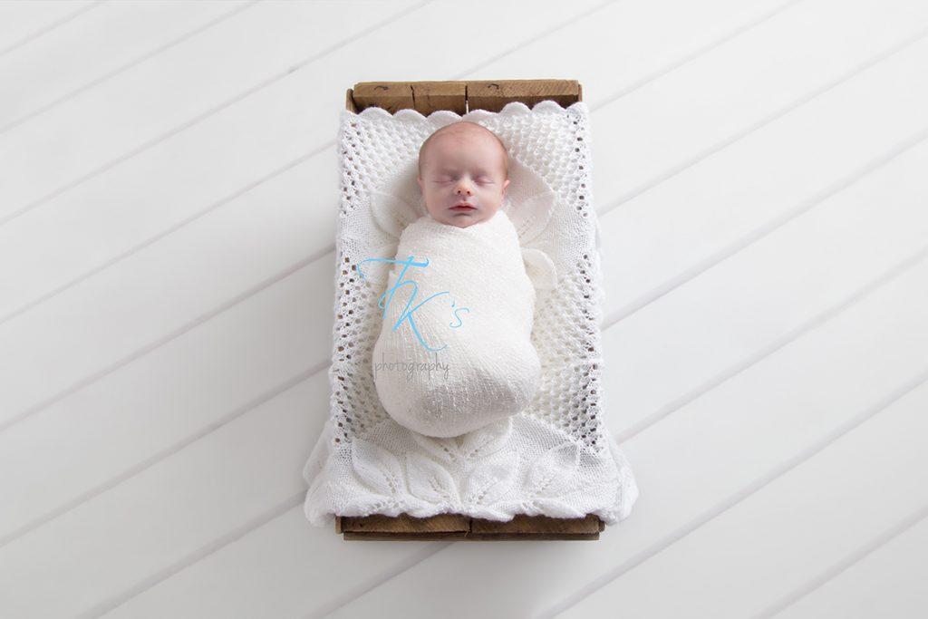 Launceston newborn photographer TK's Photography
