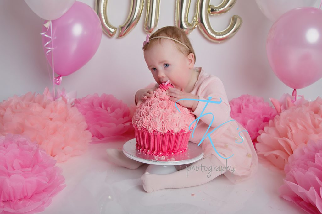 cake smash photographer Launceston