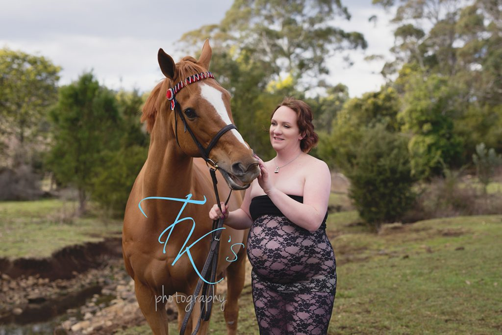 TK's Photography pregnant maternity horse