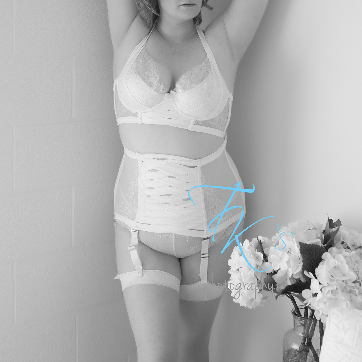 Post image for Ms H boudoir session