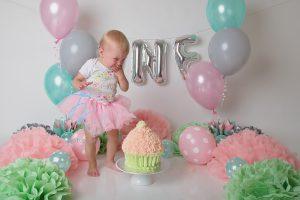 cake smash photographer Launceston TK's Photography AIPP first birthday smash'n'splash