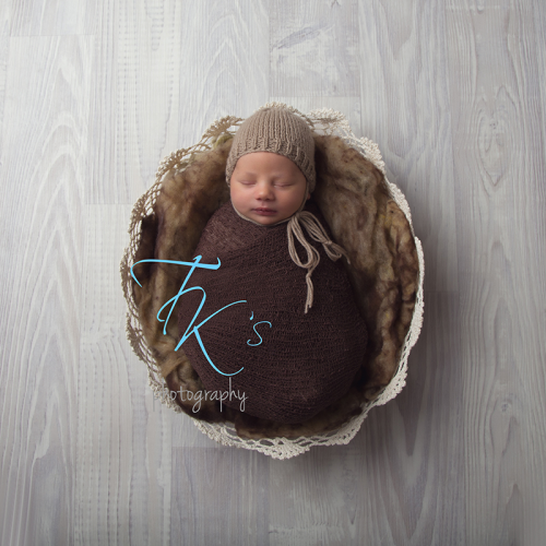 Thumbnail image for Archer 8 days Launceston newborn photographer